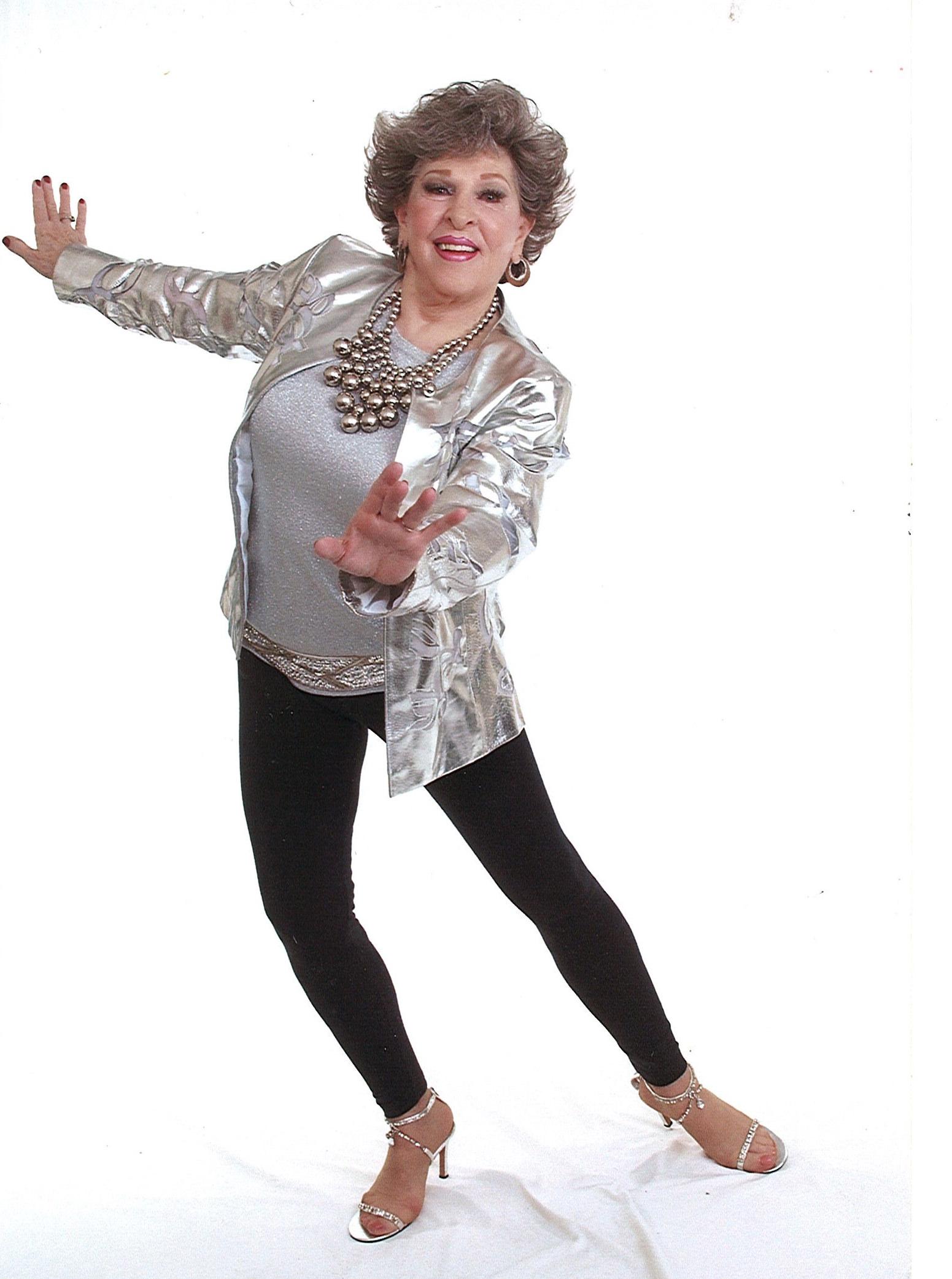 Wynda Howerton dancing now