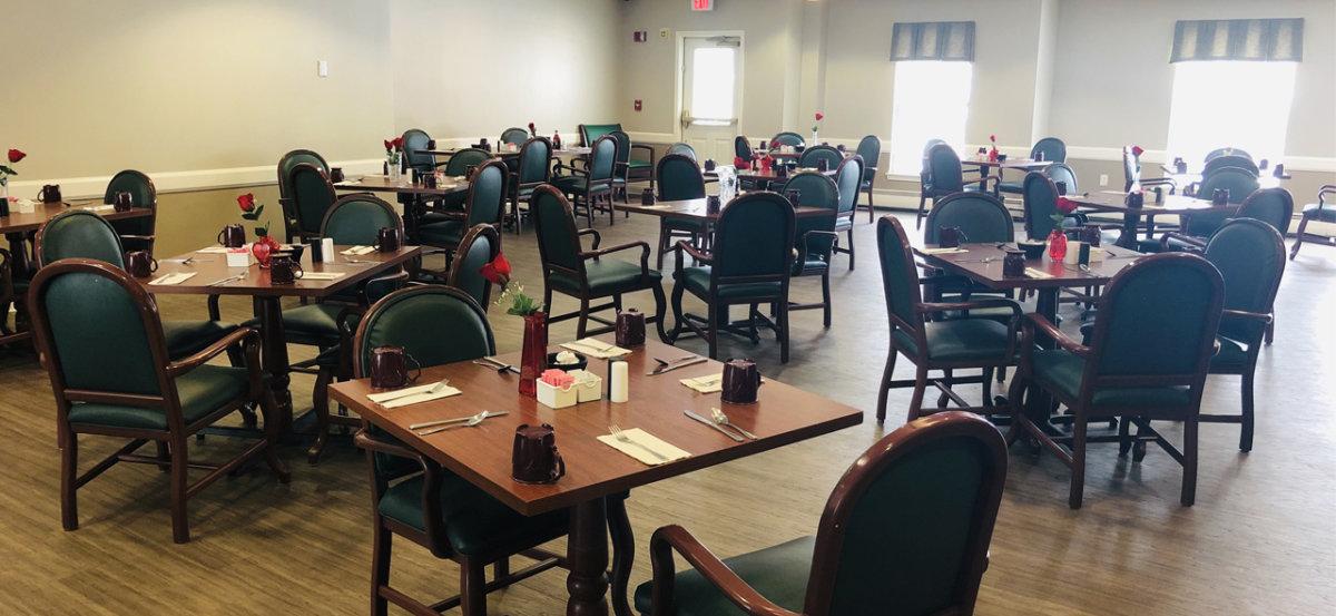 G Glenwell Dining Room
