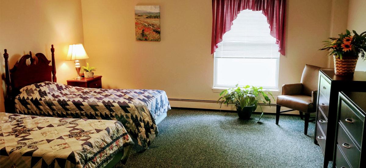 H Glenwell Bedroom
