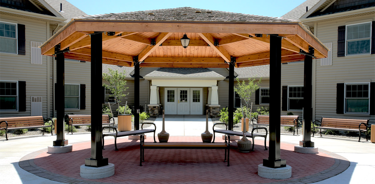 Batavia Apartments Gazebo