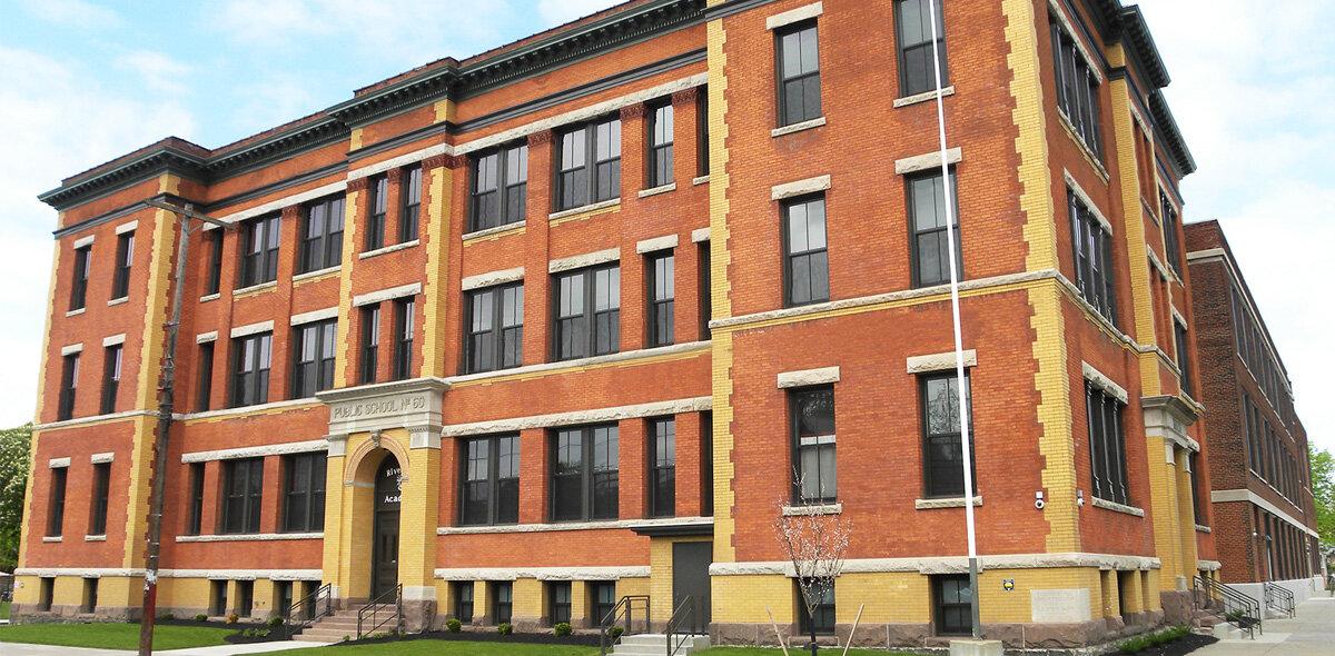 A Riverside Apartments Exterior