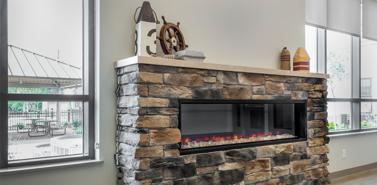 Packet Boat Landing Apartments Fireplace