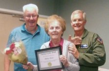 Twelve Oaks Shirley Receives Employee of the Month