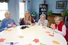Westwood Commons Thanksgiving Craft with Roberts Wesleyan College