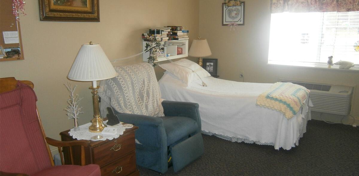 Heath House DePaul Senior Living Bedroom