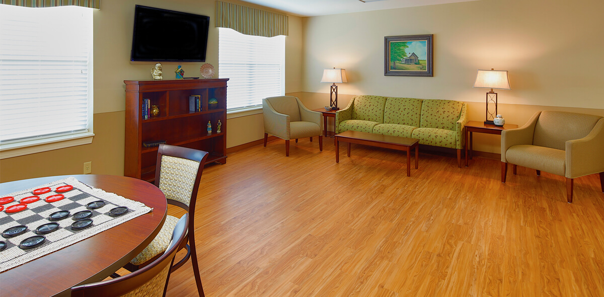 Rolling Ridge DePaul Senior Living Lounge