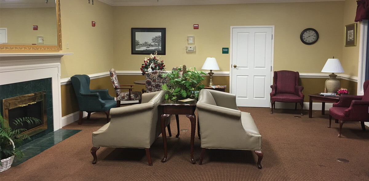 Woodridge DePaul Senior Living Living Room