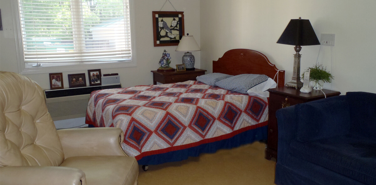 Woodridge DePaul Senior Living Bedroom