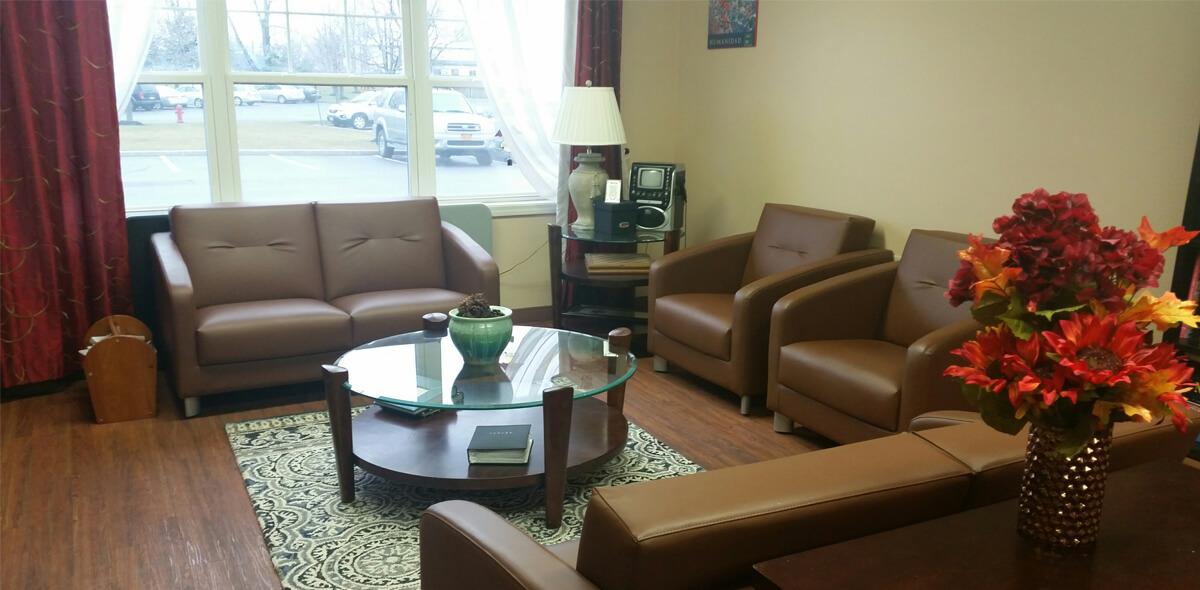 Apple Blossom Apartment Treatment Program Living Room
