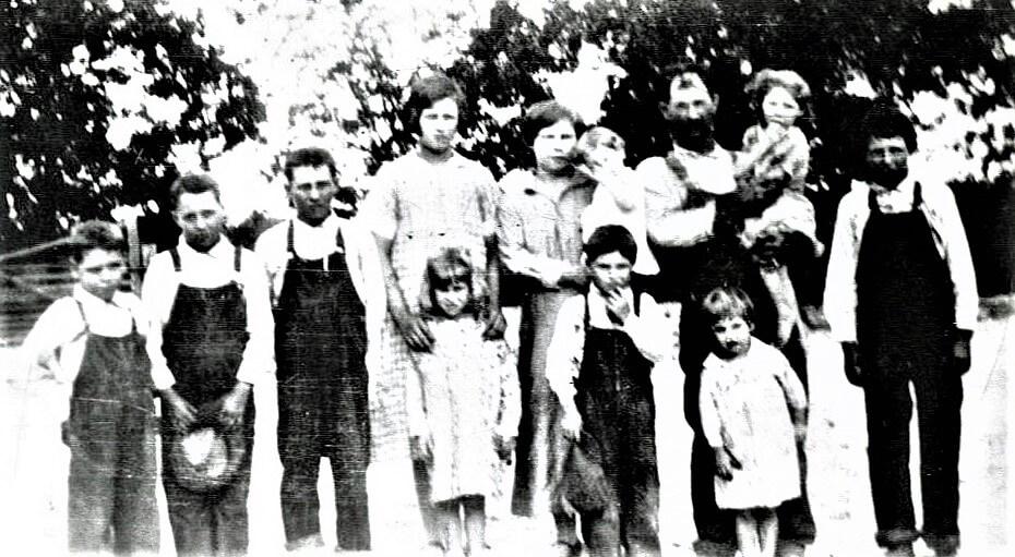 Jewel Roth Mama's Family 1925 005 (Jewel Center, Blond)
